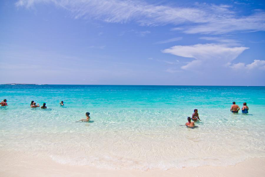 Atlantis Cabbage Beach Paradise Island Ollie Neglerio Life